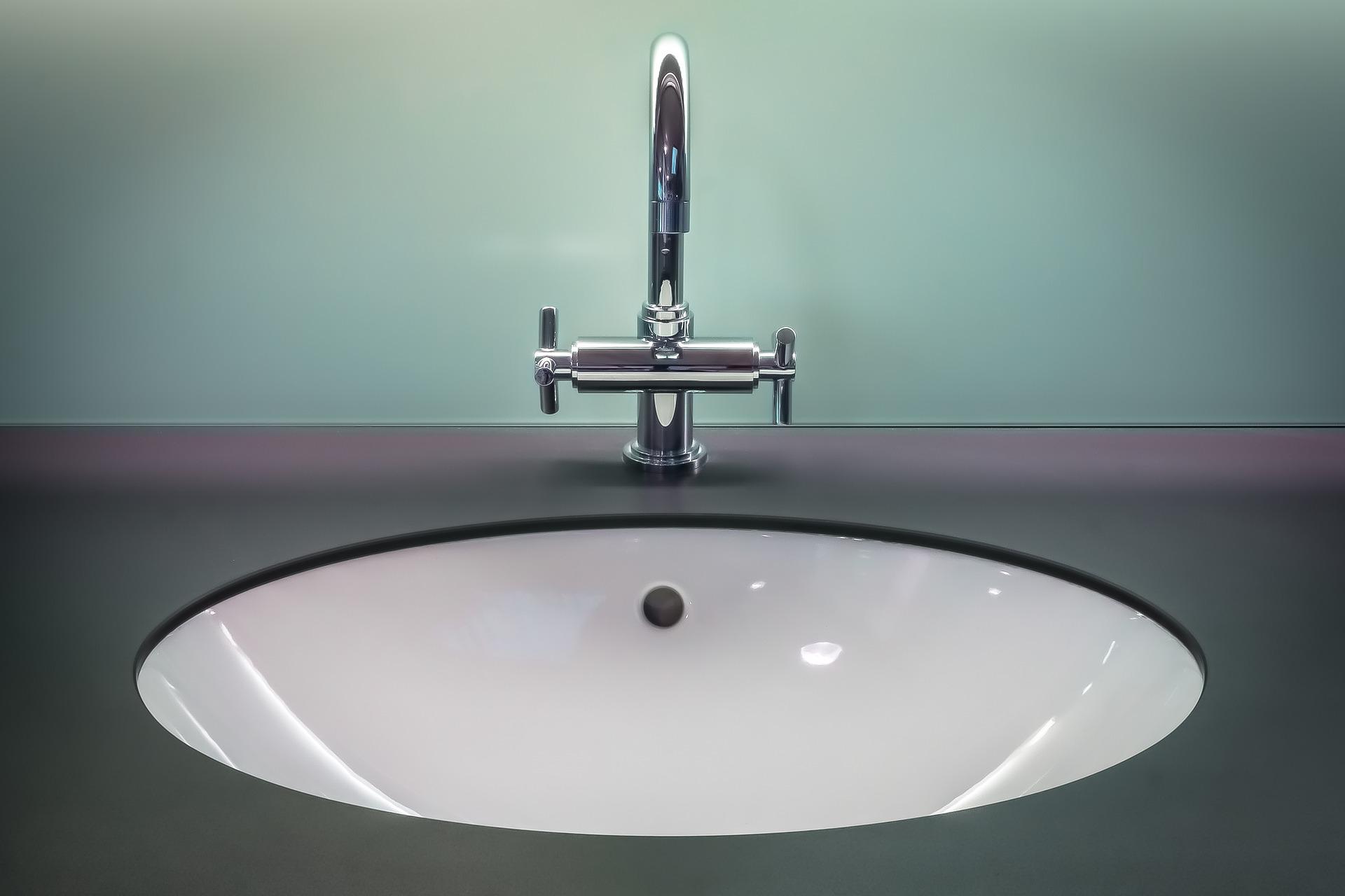 5 Tips for Renters on Bathroom Maintenance